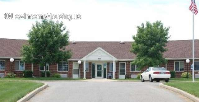 Cedar Crest Apartments - Charles City