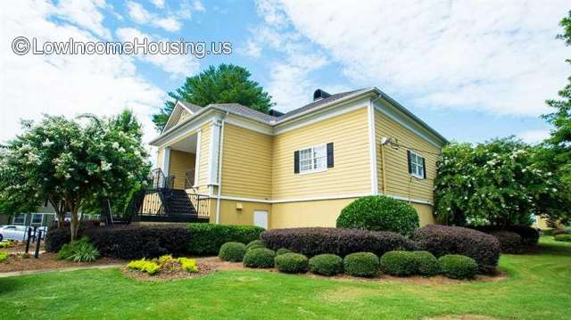Woodside Village Apartments - GA