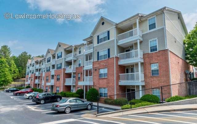 Laurels at Greenwood Apartments