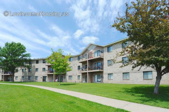 Elm Creek Apartments - MN