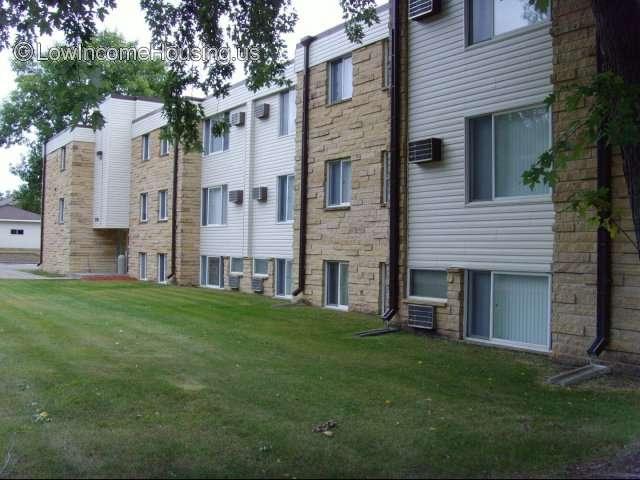 Fairview Apartments - MN