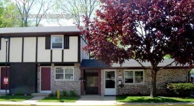 Maple Leaf Townhomes - WI