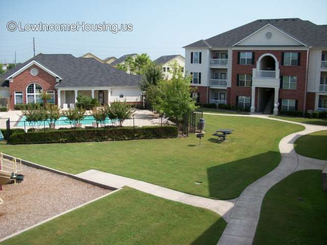 City Parc at West Oaks Apartments