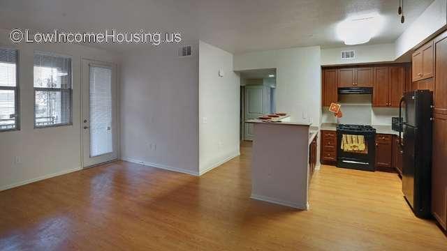 Highgrove Blossom Apartment Homes | 550 W. Center St ...