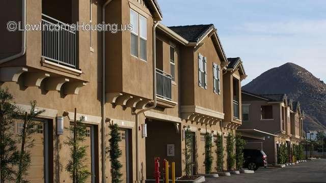 Highgrove Blossom Apartment Homes