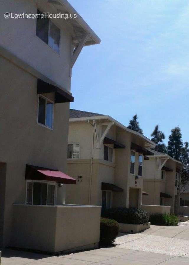 Elaine Null Court Apartments
