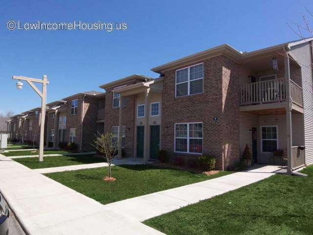 Maple Tree Apartments - IN