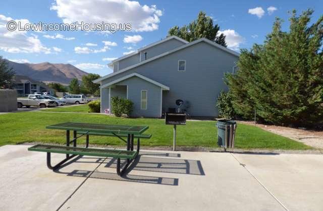 Mountain View Apartments - NV