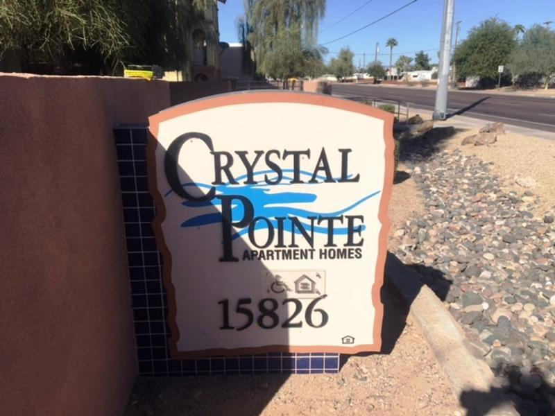Crystal Pointe Apartments