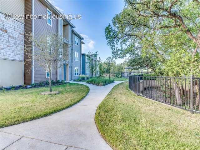 Junipers Edge Apartment Homes