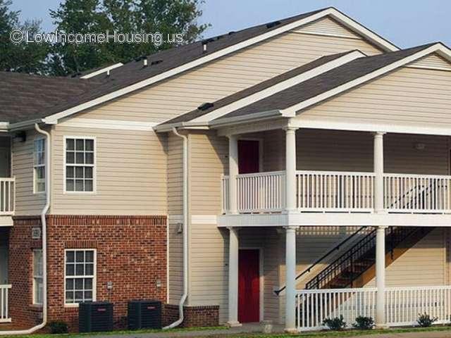 Pinecrest Apartments - NC