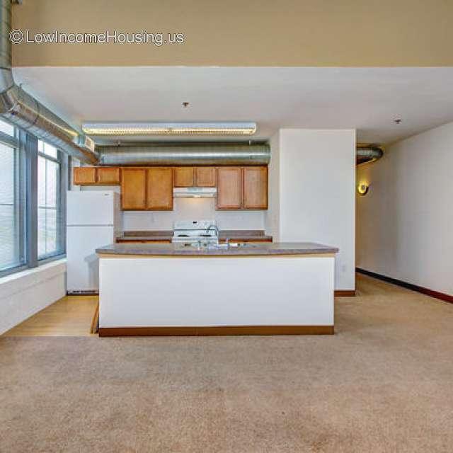 Income Restricted Apartments Milwaukee: 901 W. Winnebago, Milwaukee, WI 53205