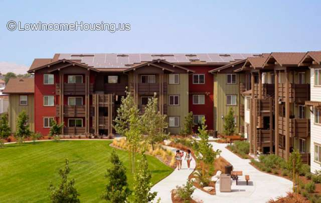 Cottonwood Creek Apartments