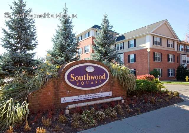 Southwood Square Apartments - CT