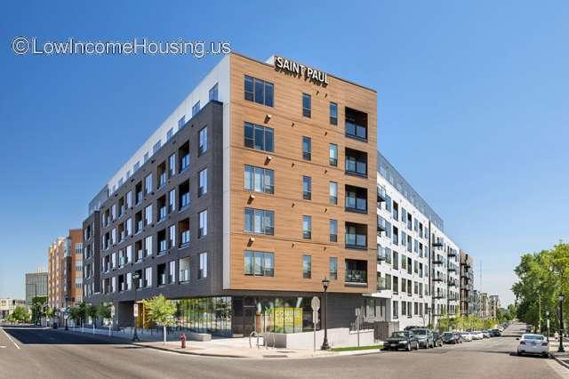 2700 University Apartments