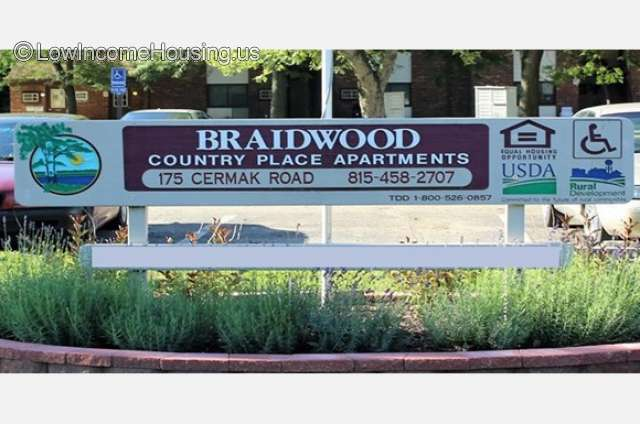 Country Place Apartments - Braidwood