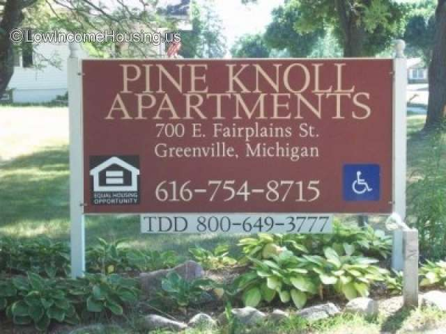 Pine Knoll Apartments - MI