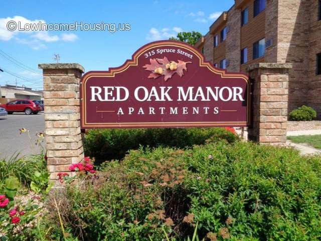 Red Oak Manor