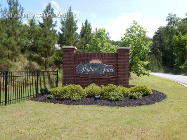 Skyline Trace Apartments