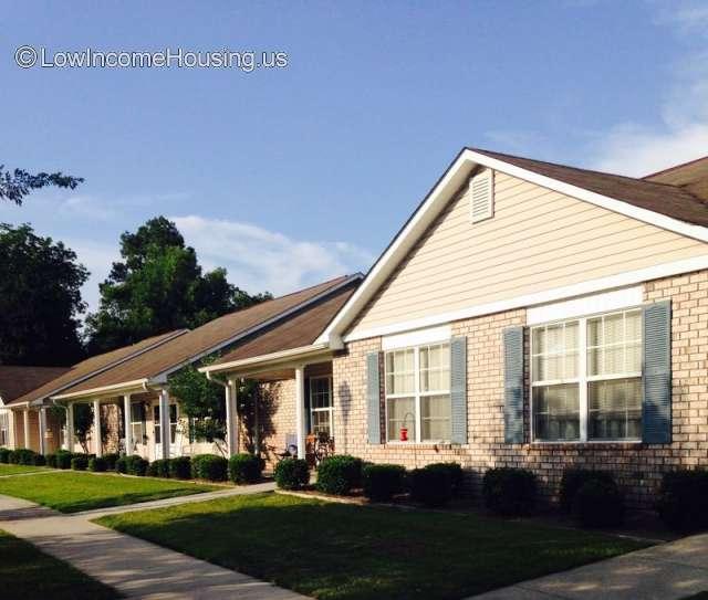 Low Apartment Rentals: 812 E. Waring St., Waycross, GA