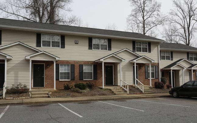 Poplar Creek Apartments   SC