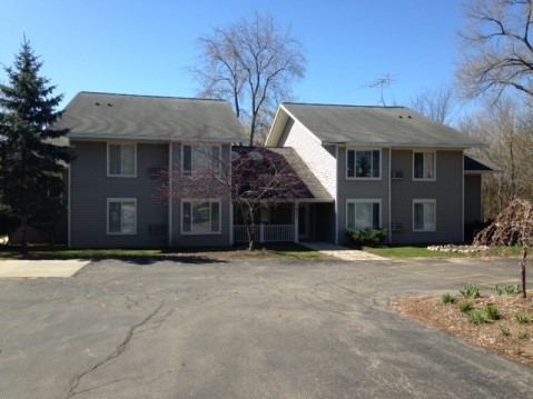 Willow Wood Apartments - WI
