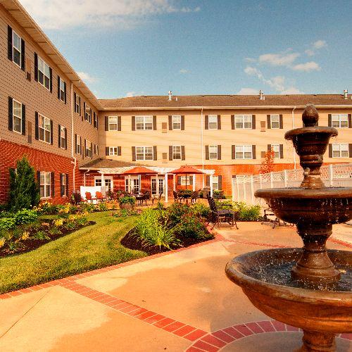 Forest Hill Village Apartments Ls: 3251 Northeast Manhattan Drive, Lee's