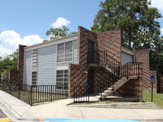 Oakwood Villa Apartments - Jacksonville