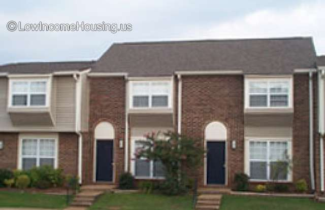 Sterling Pointe Apartments