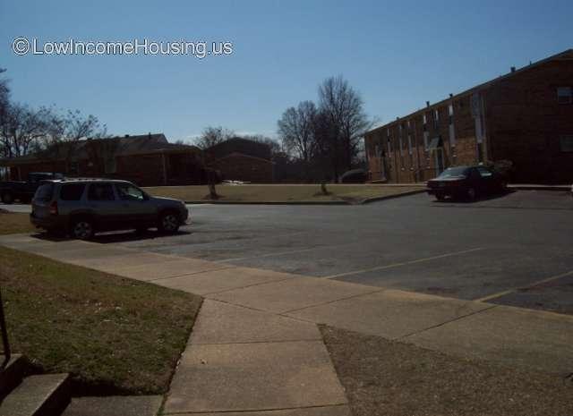 Creekwood Village Apartments 1750 40th Ave Tuscaloosa Al 35401