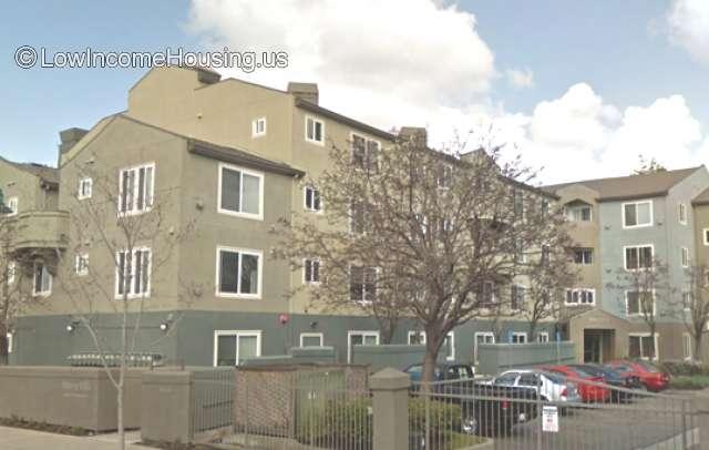 Emeryvilla Apartments
