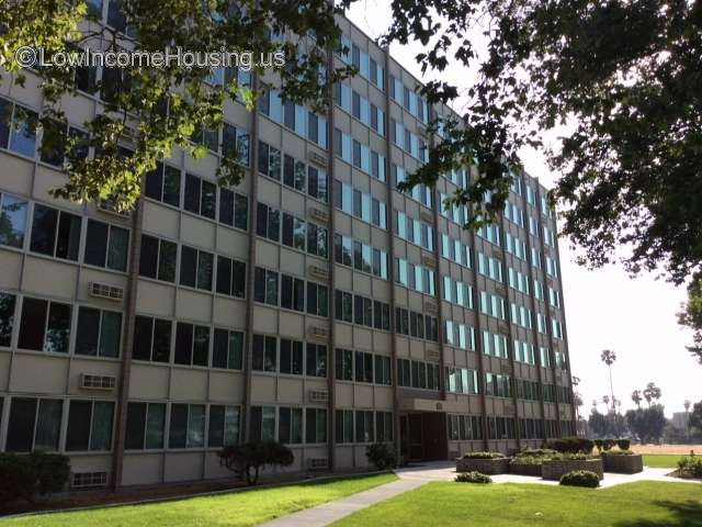Meadowbrook Park And Tower Apartments