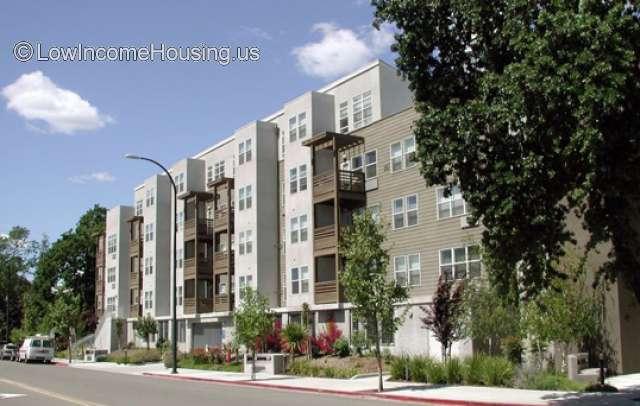 Coggins Square Apartments