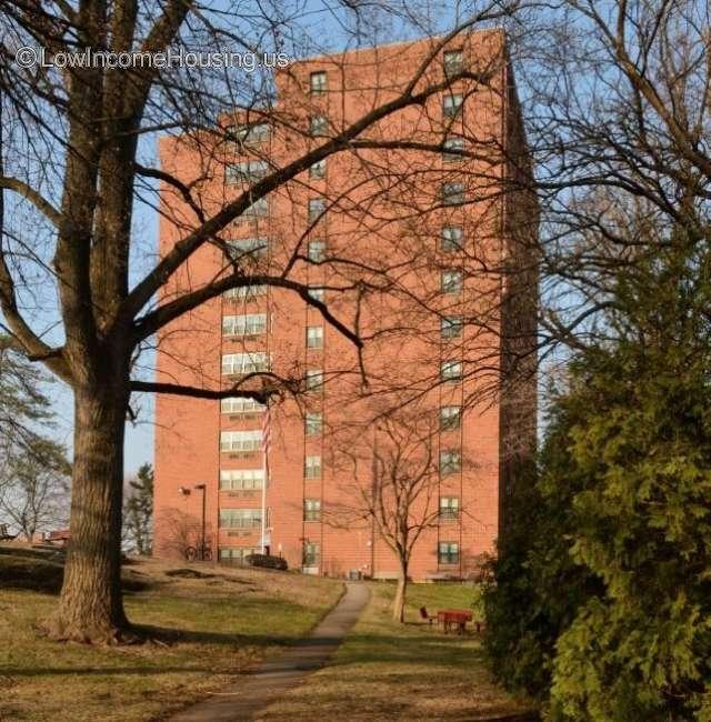 285 Maplewood Ave, Bridgeport