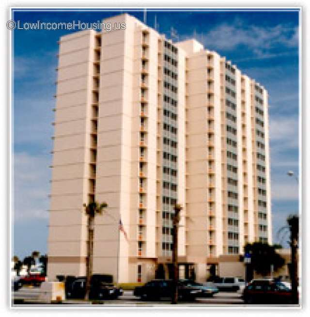 Low Income Apartment Finder: 115 S 3rd St, Jacksonville Beach, FL 32250