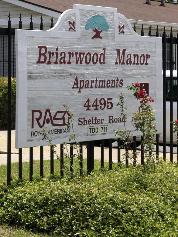 Briarwood Manor Apartments