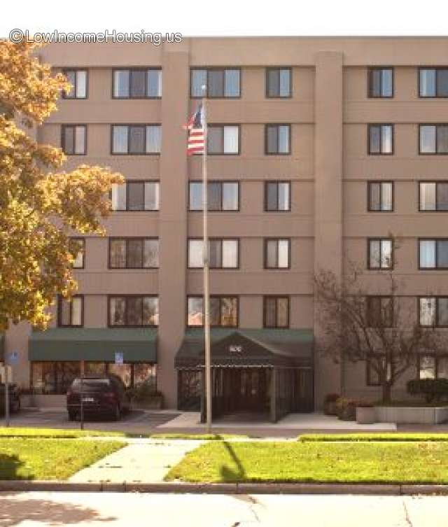 https://www.lowincomehousing.us/gallery/83147_48071-1966-madison_heights_cooperative_apartments_bms.jpg