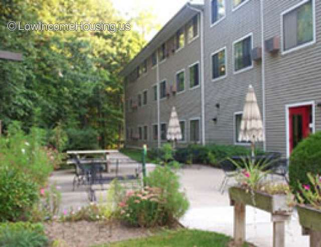 Mill Pond Manor Apartments for Seniors
