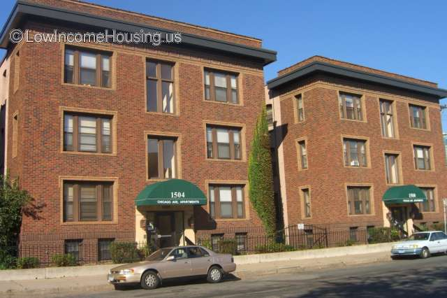 Chicago Avenue Apartments