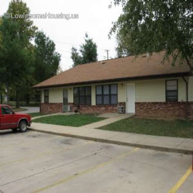 2 Bedroom Apartments Low Income: 201 E Friend, Licking, MO 65542