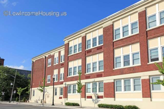 Stirling Apartments Low Income