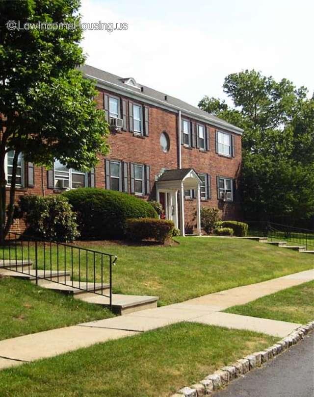 Oak Park Apartments Garden Roselle