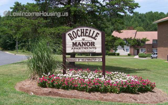 Rochelle Manor Apartments