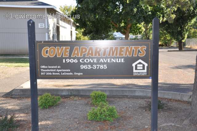 Cove Avenue Apartments