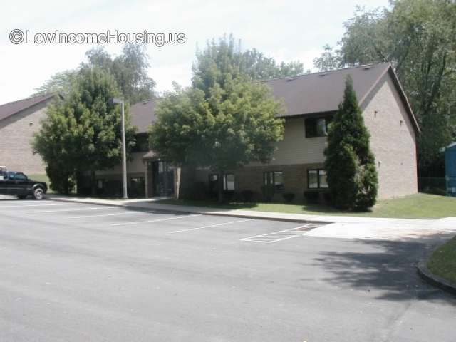 Cedarwood Apartments