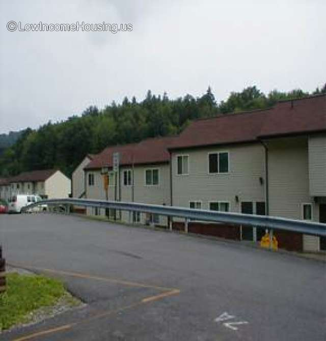 Low Income Apartments Available: 718 Park Ave, Clearfield, PA 16830