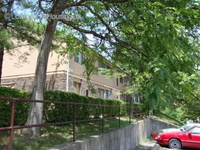Linden Grove Apartments