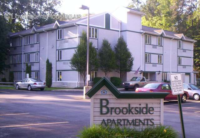 Brookside Apartments for Seniors