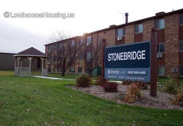 Stone Bridge Apartments
