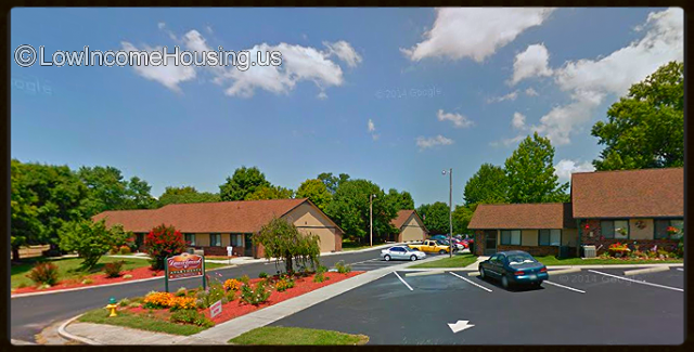 Laurelwood Apartments for Seniors